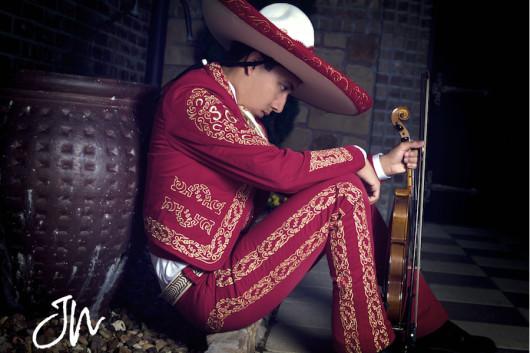 grand-prairie-senior-portraits-mariachi