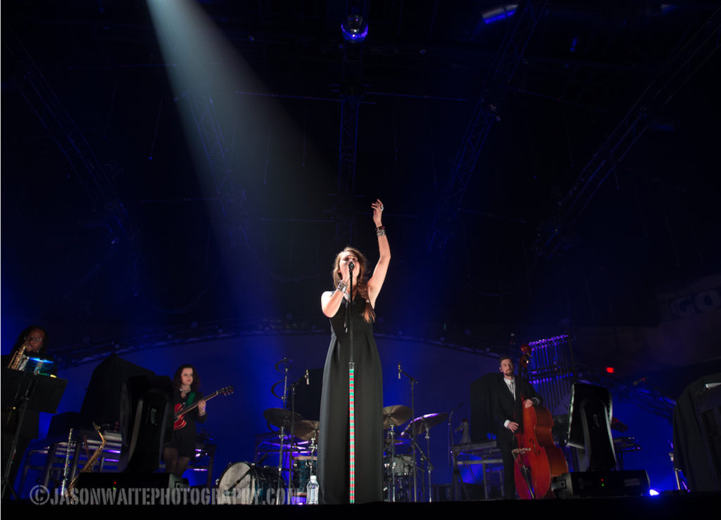 Lauren-Daigle-Christmas-Concert