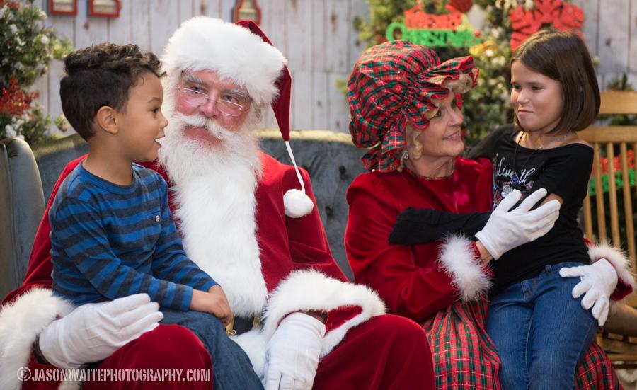 Dallas-Event-Photographer-nrh-holiday-magic